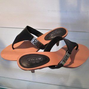 COACH Allure Thong sandal, Kitten heel, Black SZ 7